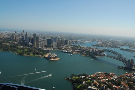 Sydney - Charter an aircraft for an amazing day
